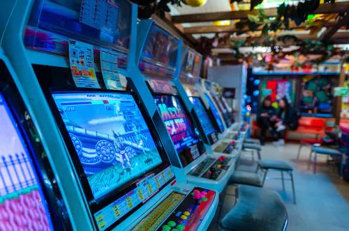 オンラインカジノのゲームの種類と説明